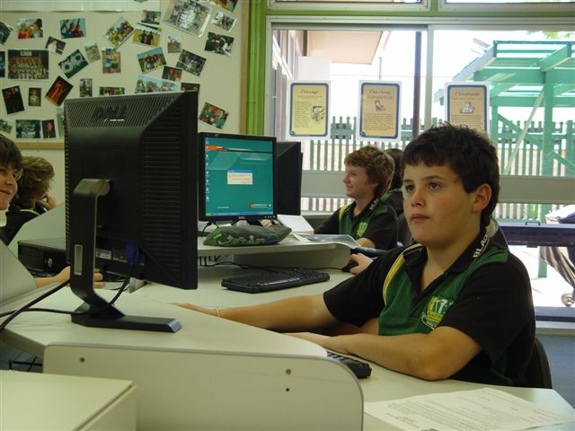 student on desktop in resource centre